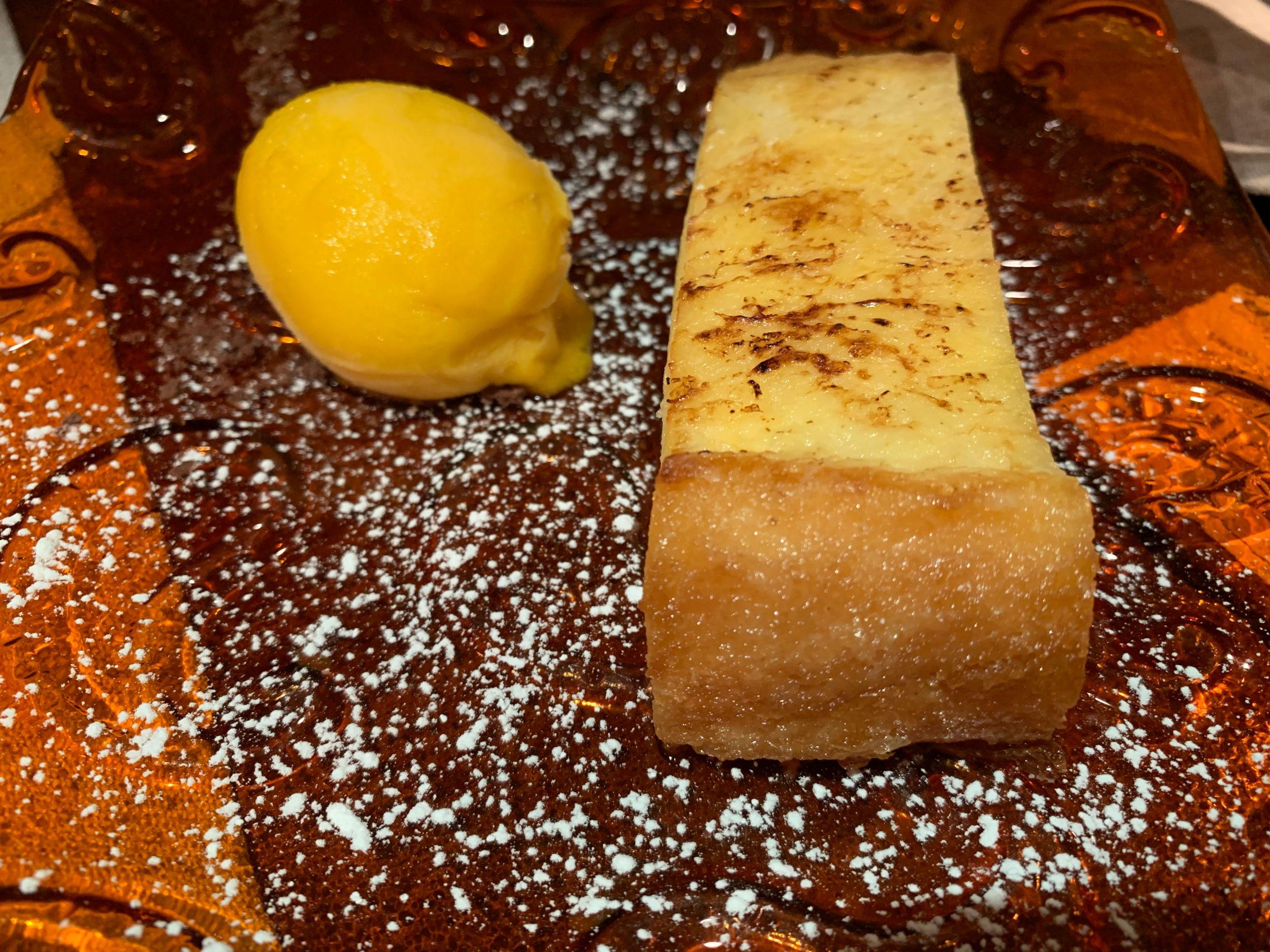 El Merca'o: Torrija cremosa de brioche con helado de mango
